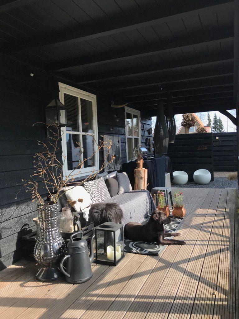 zwarte veranda