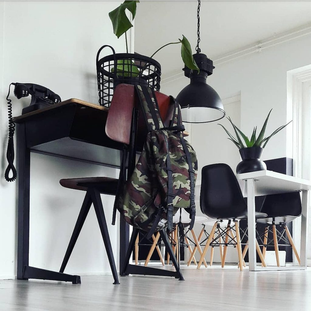 http://www.homefreak.nl/wp-content/uploads/2018/09/stoer-interieur-1024x1024.jpg