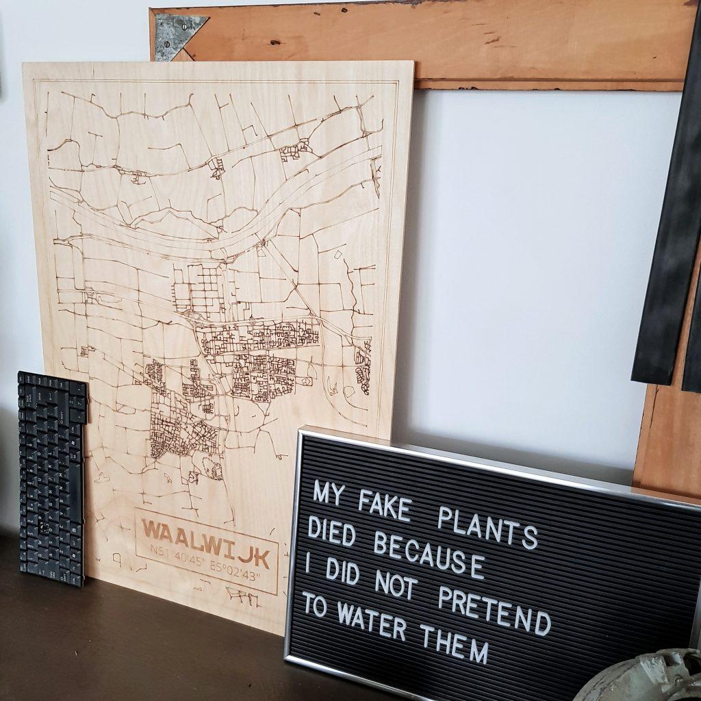 kaart op hout