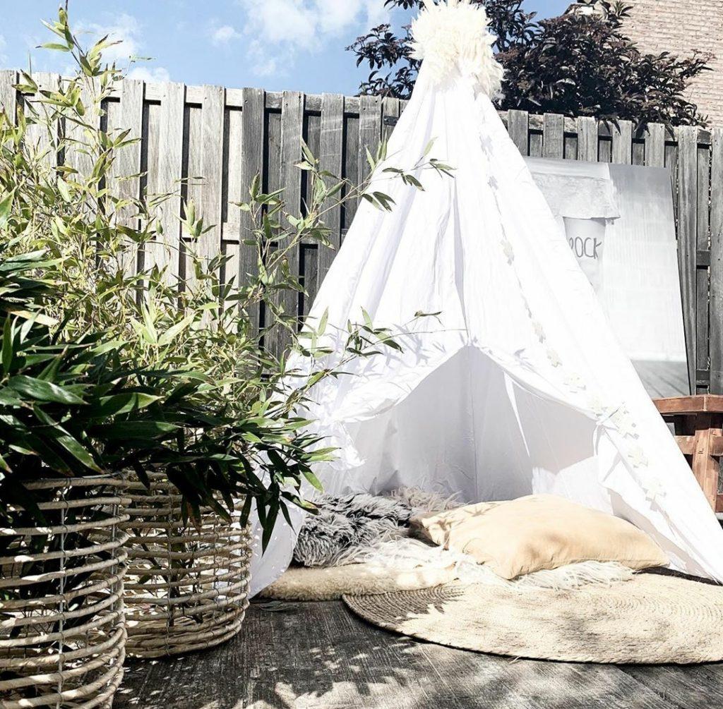 kamperen in de tuin