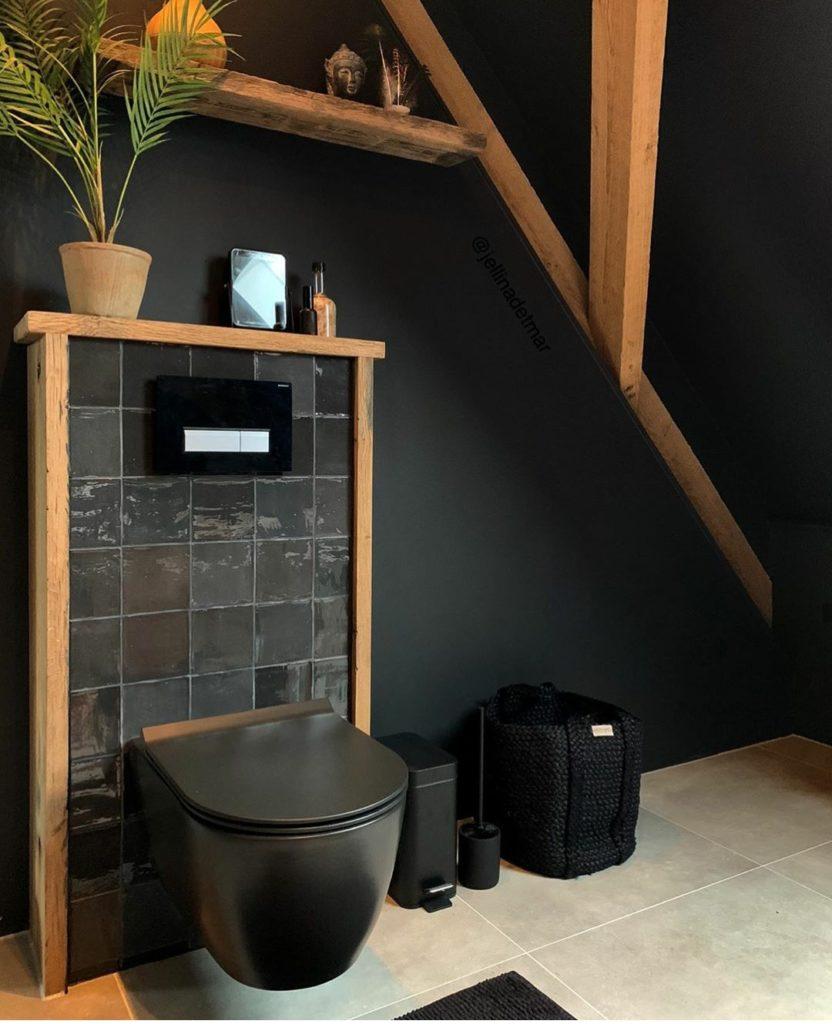 zwart toilet